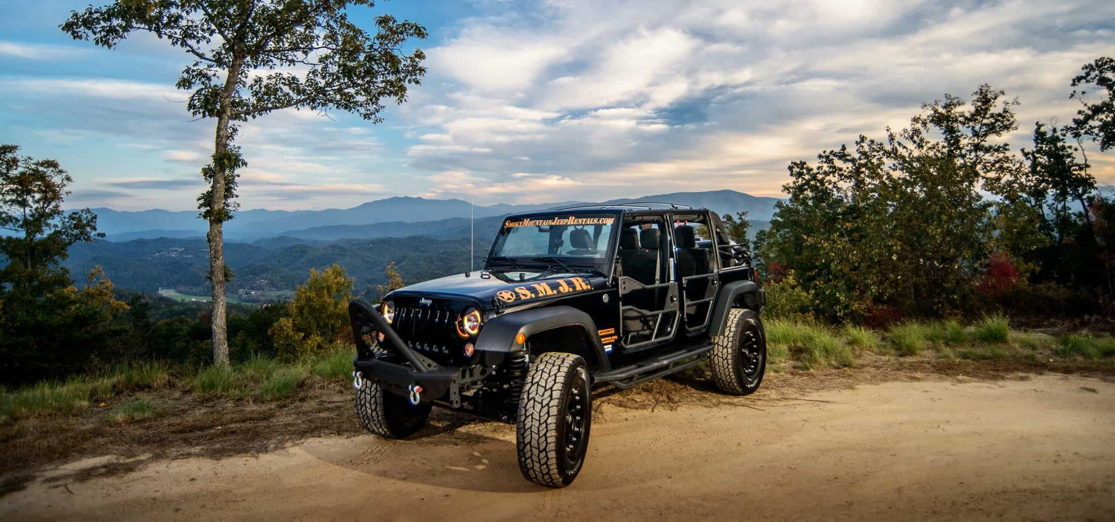 black smoky mountain jeep rental